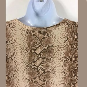 518f11e8db27f Equipment Tops - Equipment Riley Short Sleeve Python Nude Tee Small